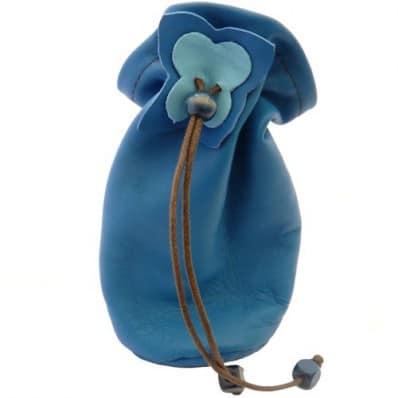 http://cdn1.chausson-de-bebe.com/1228-thickbox_default/baby-pacifier-bag-blue.jpg