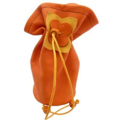 http://cdn3.chausson-de-bebe.com/1230-thickbox_default/baby-pacifier-bag-orange.jpg