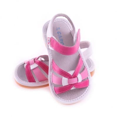 http://cdn3.chausson-de-bebe.com/251-thickbox_default/caroch-squeaky-leather-toddler-girls-shoes-pink-sandals.jpg