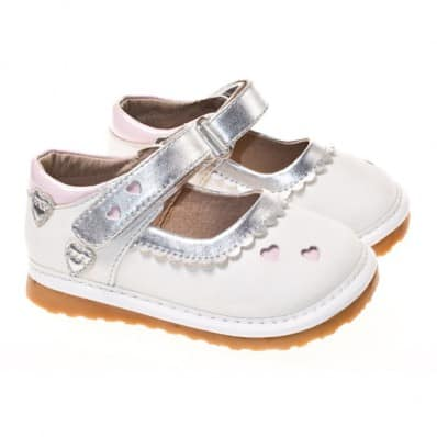 Little Blue Lamb - Squeaky Leather Toddler Girls Shoes | Babies white small hearts pink