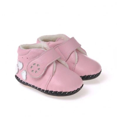 http://cdn3.chausson-de-bebe.com/3113-thickbox_default/caroch-baby-girls-first-steps-soft-leather-shoes-pink-filled-bootees-3-hearts.jpg