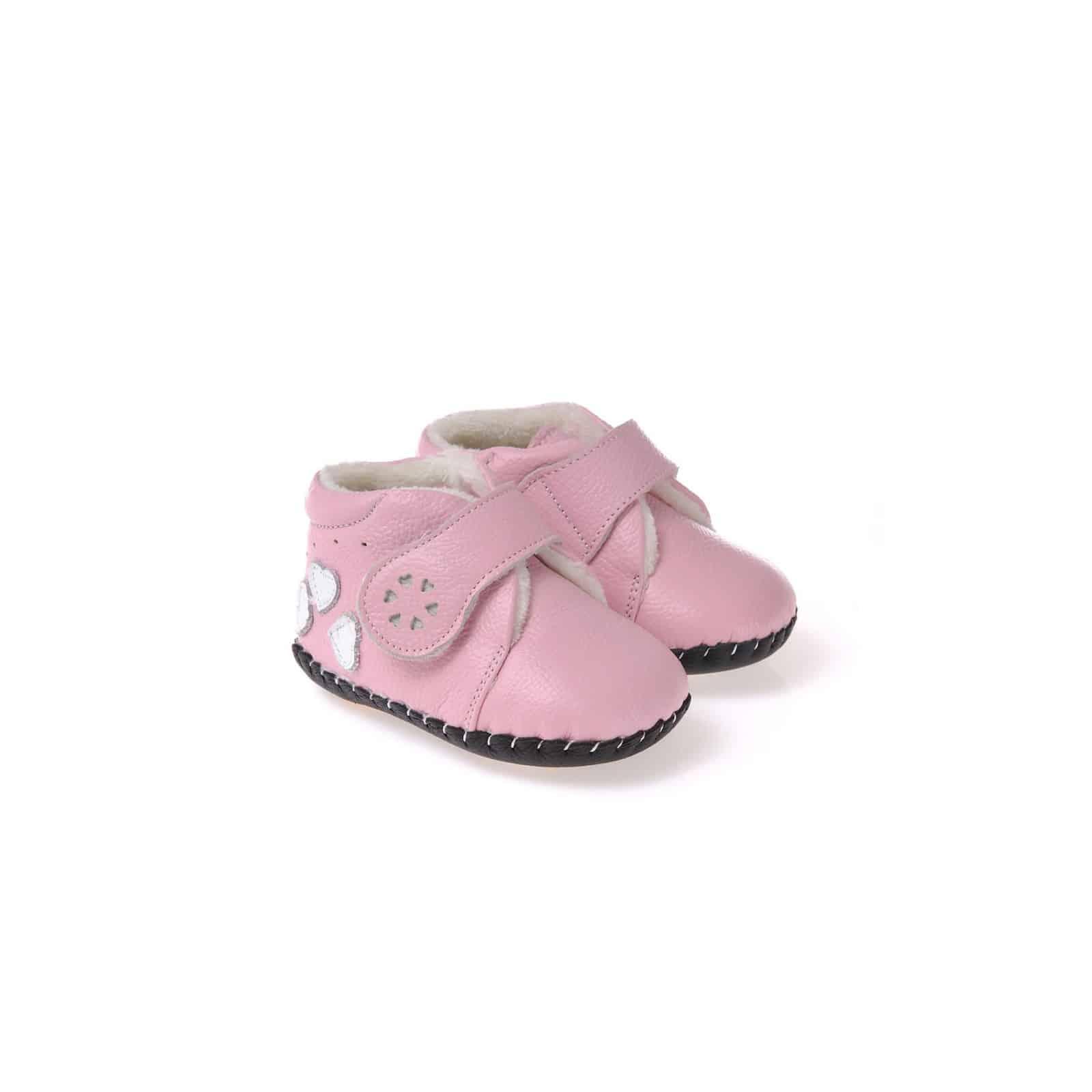 CAROCH - Chaussures premiers pas cuir souple   Montantes fourrées rose 3  coeurs fad3f71d70c