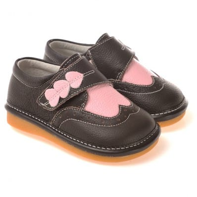 CAROCH - Squeaky Leather Toddler Girls Shoes | Black babies with 3 hearts