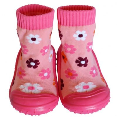 http://cdn3.chausson-de-bebe.com/4289-thickbox_default/baby-girls-socks-shoes-with-grippy-rubber-fushia-flowers.jpg