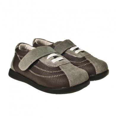 http://cdn1.chausson-de-bebe.com/433-thickbox_default/little-blue-lamb-soft-sole-boys-toddler-kids-baby-shoes-brown-grey.jpg