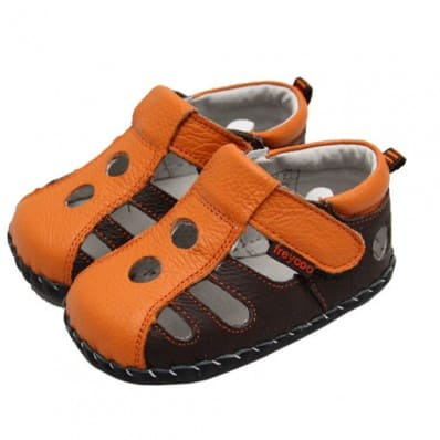 FREYCOO - Baby boys first steps soft leather shoes   Brown orange closed sandals
