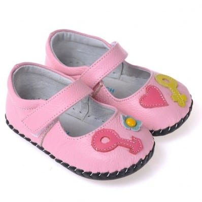 CAROCH - Baby girls first steps soft leather shoes | Pink sandals with fushia heart