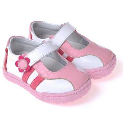 http://cdn1.chausson-de-bebe.com/4583-thickbox_default/caroch-soft-sole-girls-kids-baby-shoes-white-pink-shoes.jpg