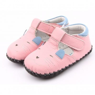 FREYCOO - Baby girls first steps soft leather shoes | Pink little mouse