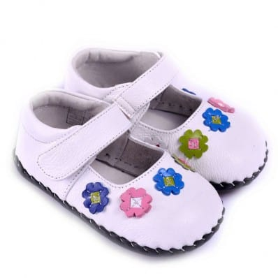 CAROCH - Baby girls first steps soft leather shoes | White colored flowers sandals