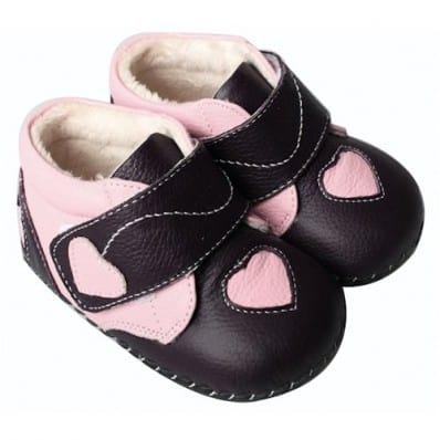 Chaussures premiers pas cuir souple montantes à coeur