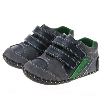 Little Blue Lamb - Baby boys first steps soft leather shoes | Black sneakers with green strip